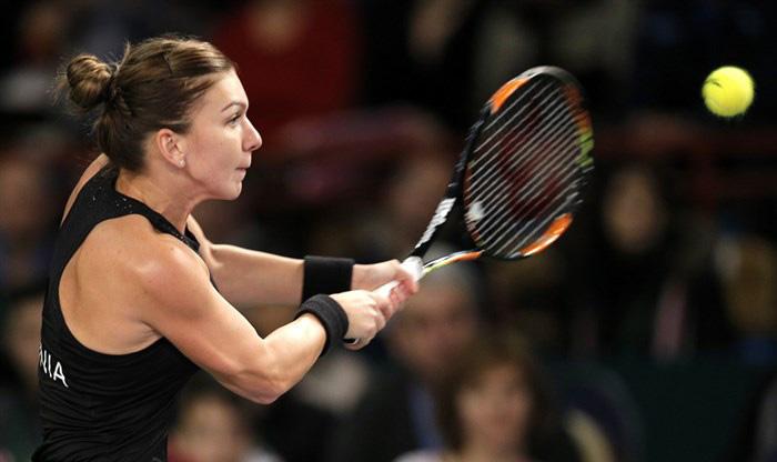Highlights: Simona Halep (ROU) v Silvia Soler-Espinosa (ESP)