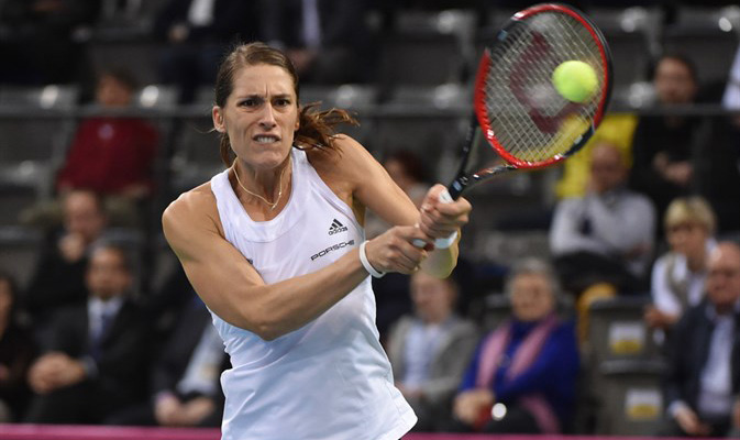 Highlights: Andrea Petkovic (GER) v Sam Stosur (AUS)