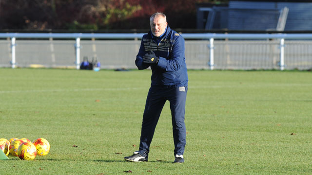 REDFEARN WANTS AWAY MENTALITY CHANGE
