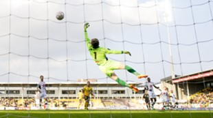 Ifeanyi Mathew scorer mot Sogndal