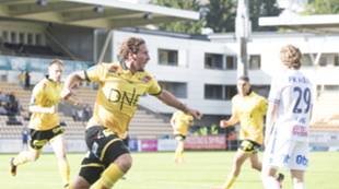 Gary Martin jubel etter scoring mot Haugesund