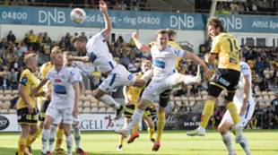 Gary Martin scorer mot Haugesund