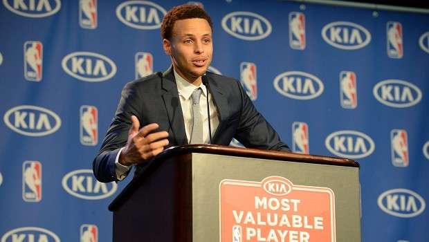 [シーズンMVP受賞スピーチ]S・カリー「大事なのは、成功のために努力し続けること」