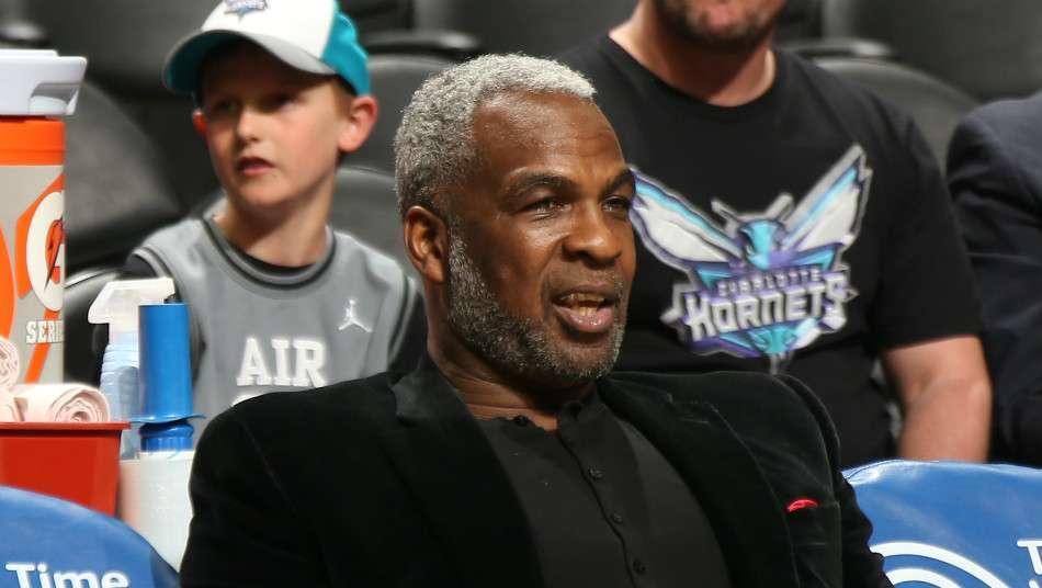 NBAコミッショナーがチャールズ・オークリーやニックスのオーナーと面会、マイケル・ジョーダンも参加