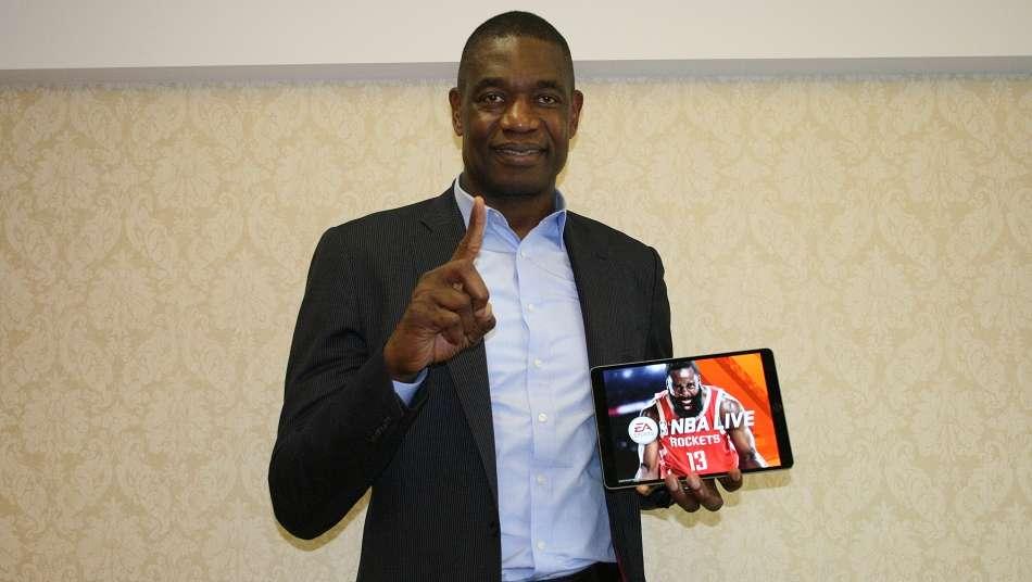 ディケンベ・ムトンボが『NBA LIVE バスケットボール』で最強チームを選抜