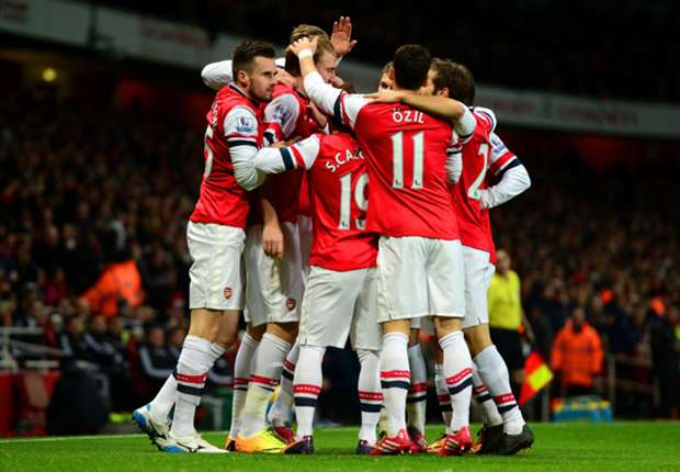 Arsenal - Everton Preview: League leaders face tough test against in-form Toffees