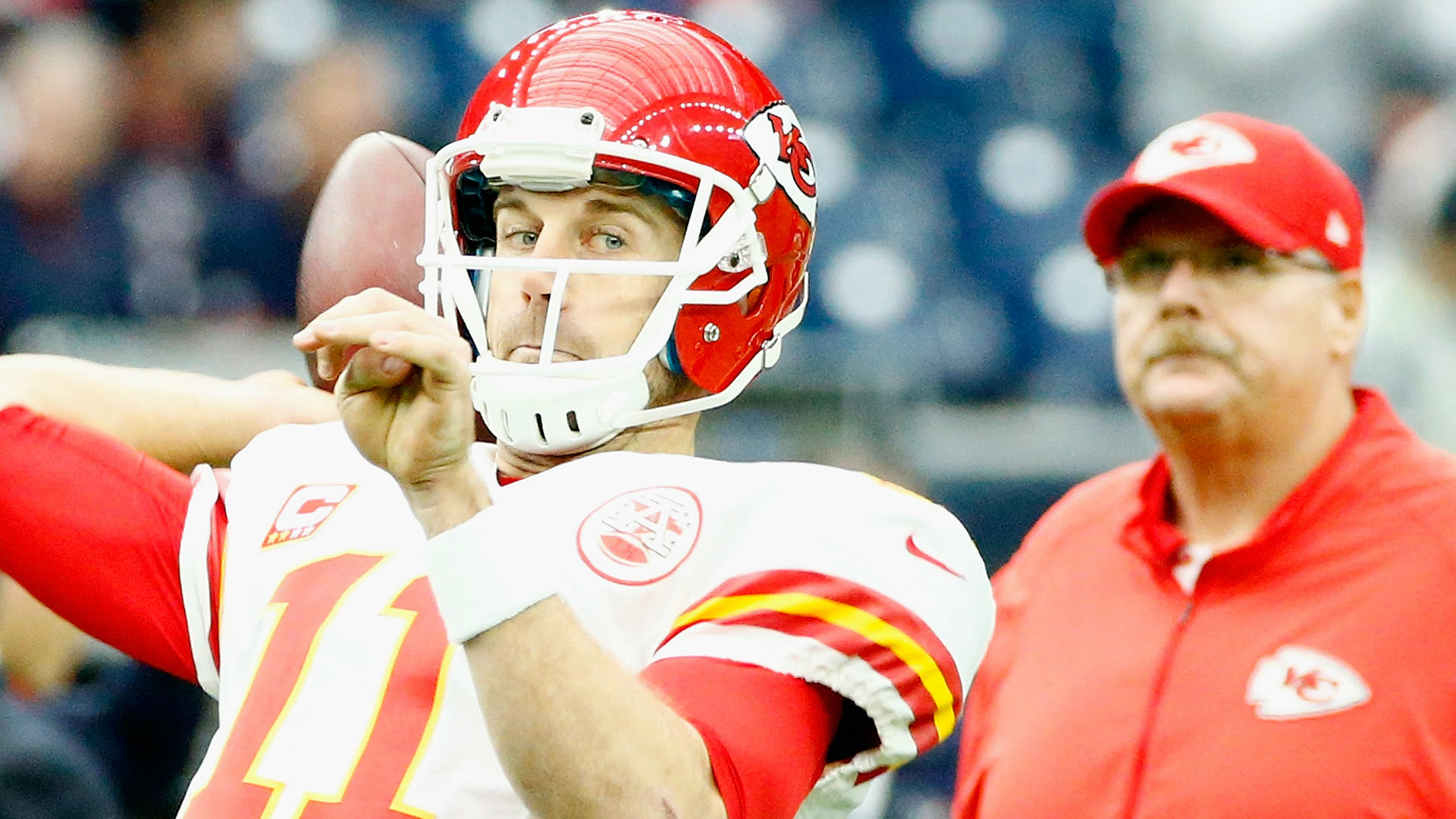 Alex Smith Doesn't Think Chiefs Are Committed To Him Beyond 2017