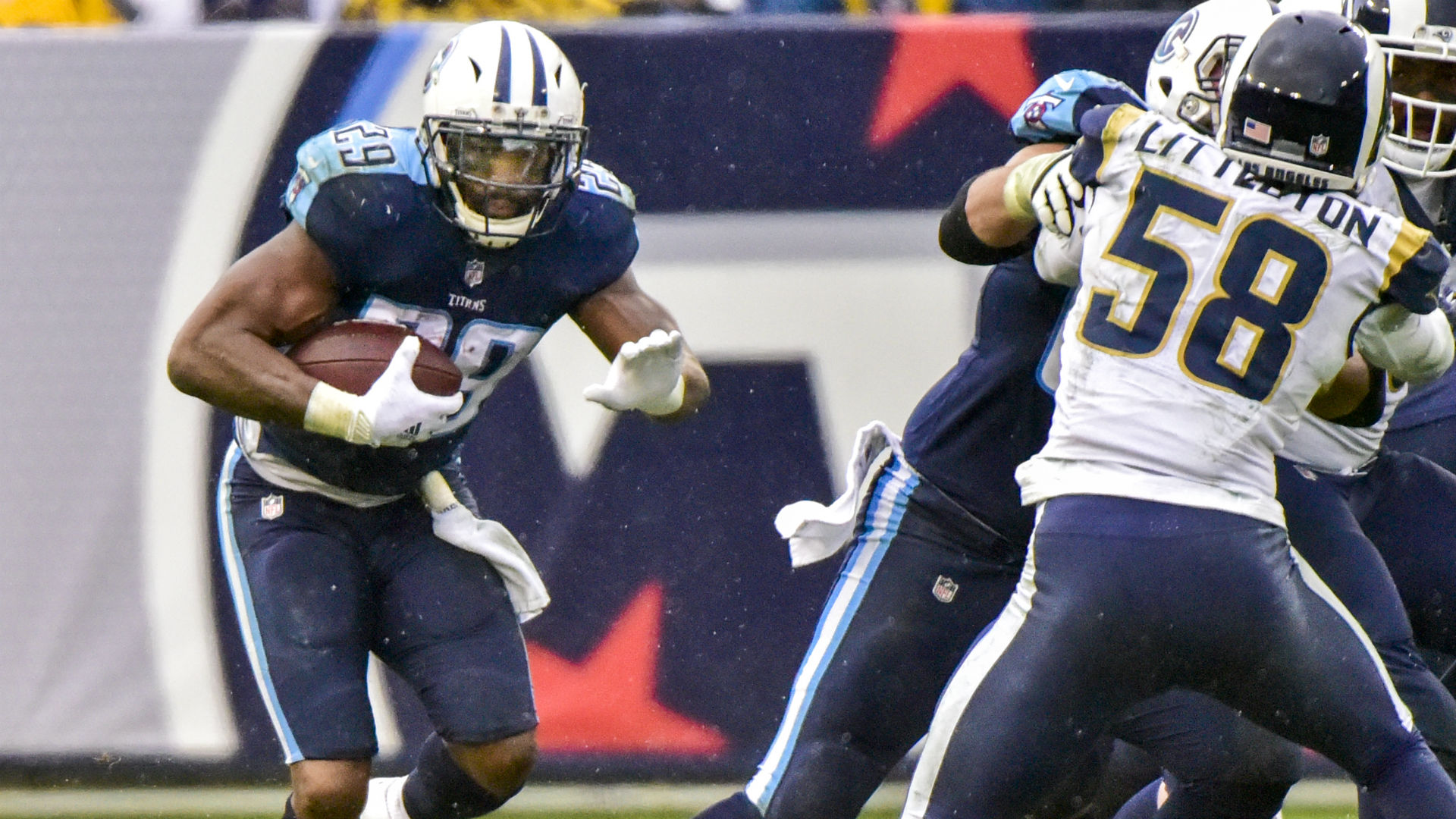 DeMarco Murray leaves Titans game vs. Rams with right knee injury