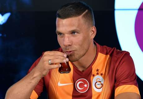 Poldi: Wenger persuaded me to leave