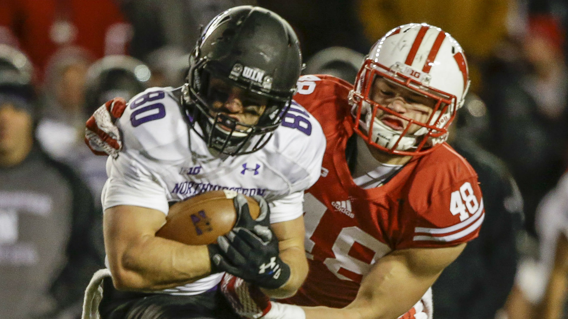 Star Wisconsin LB lost for season with torn ACL