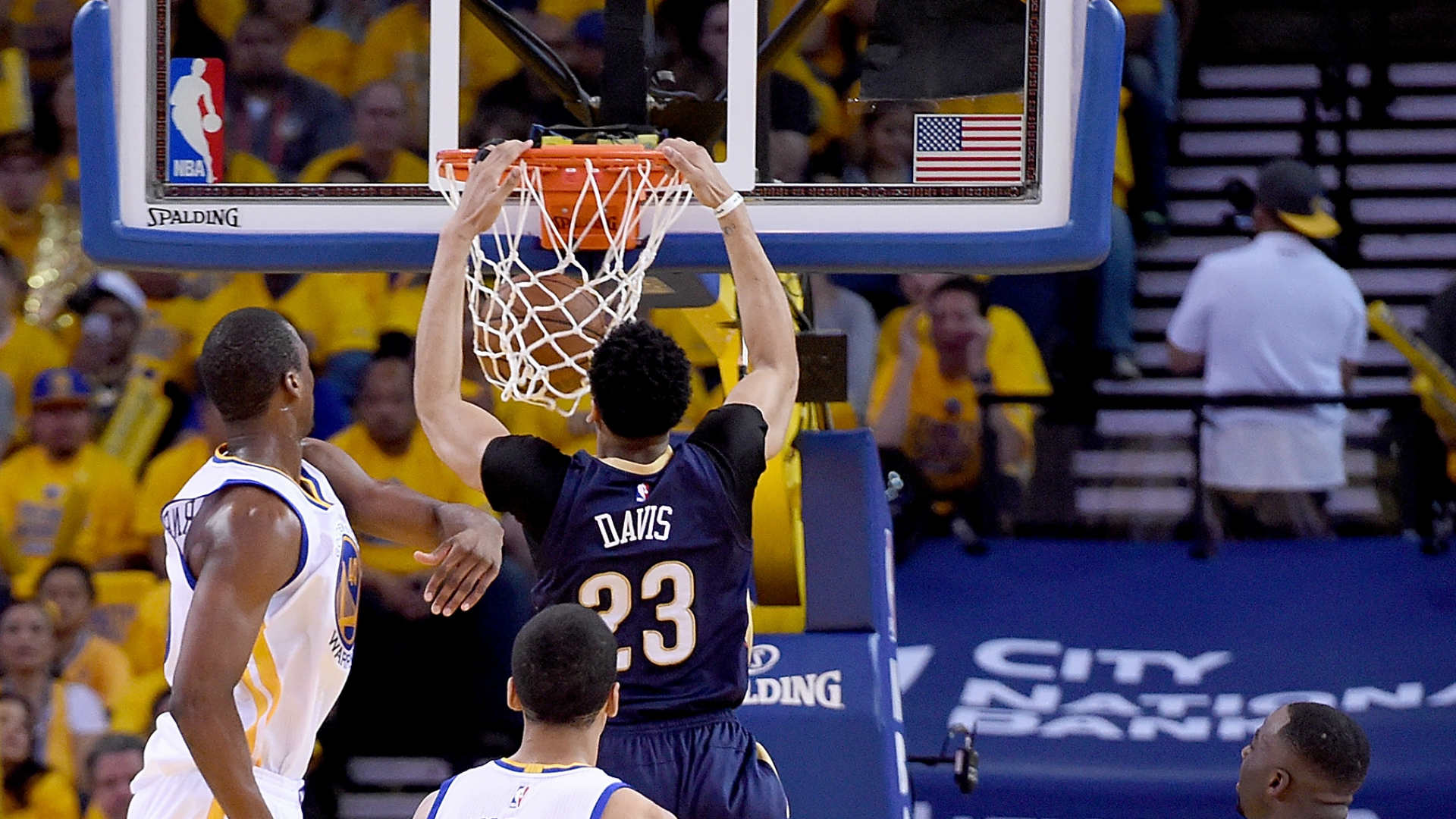 Anthony Davis furiously pushes Warriors to brink in playoff debut loss
