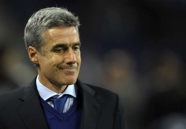 Porto interim coach Castro calls for fans' support