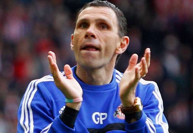 Poyet signs new Sunderland deal