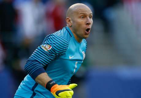 OFFICIAL: Boro sign goalkeeper Guzan