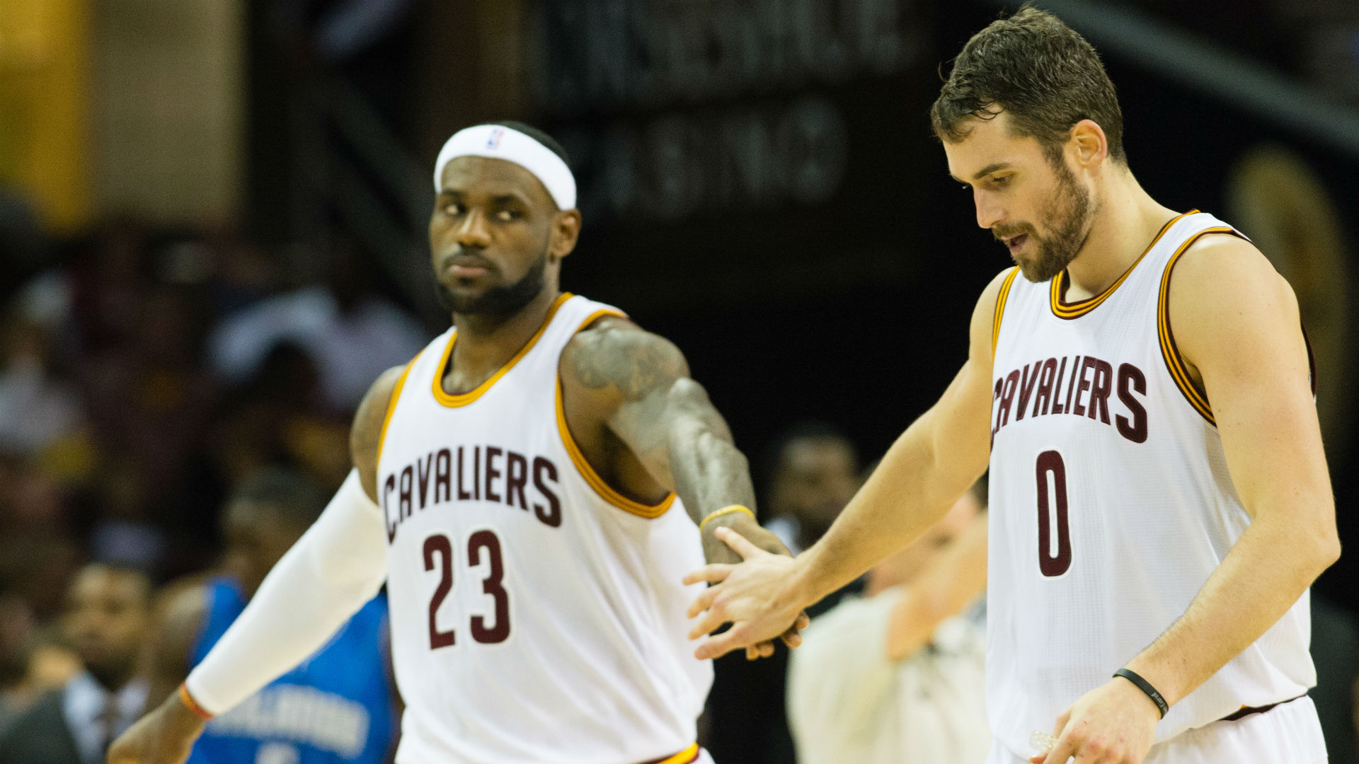 David Blatt doesn't want Cavaliers' playoff burden solely on LeBron