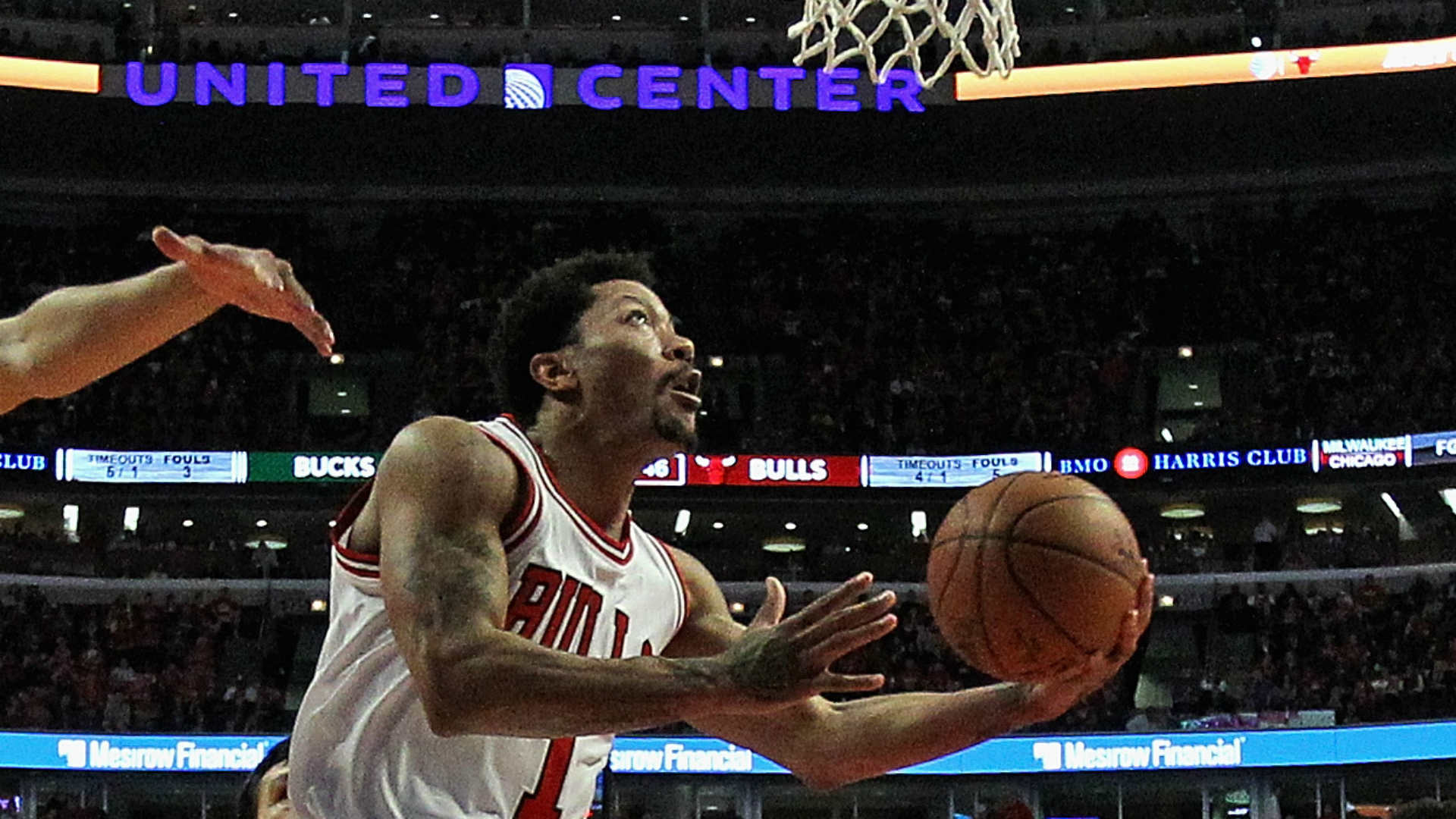 NBA playoffs roundup: Rose returns, Davis dominates on playoffs' opening day