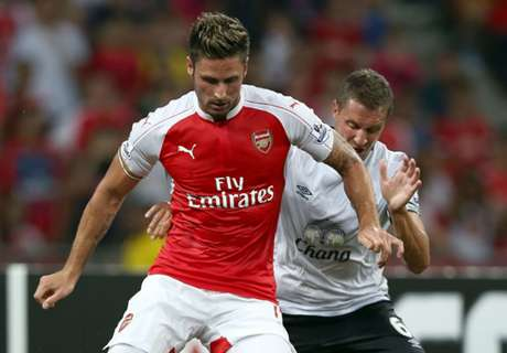 Giroud would welcome new striker