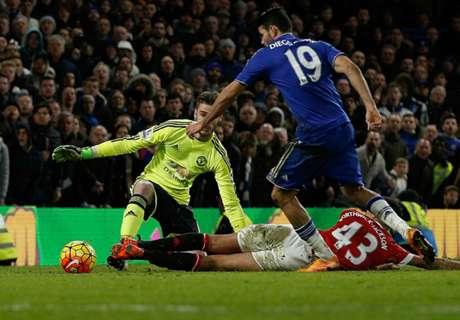Van Gaal fumes at United composure