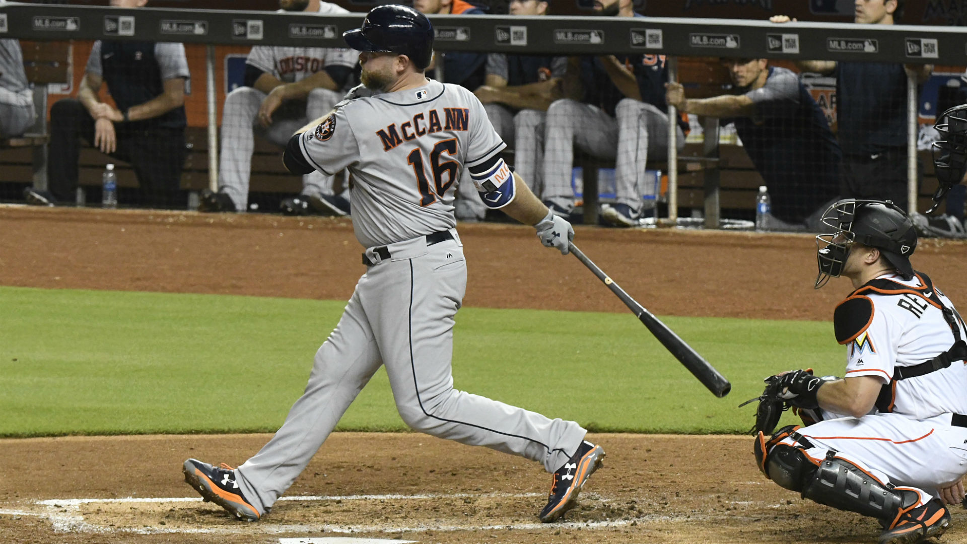 Astros place catcher McCann on concussion DL