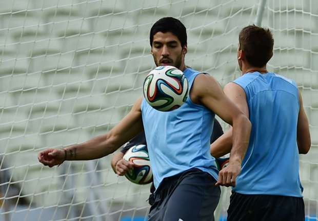 Uruguay's Suarez might have a leg to stand on against England
