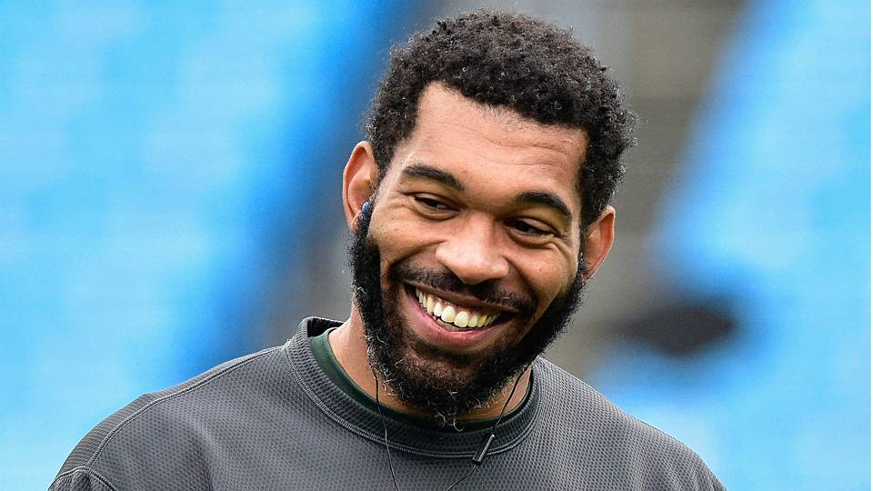 Julius-Peppers-080217-USNews-Getty-FTR