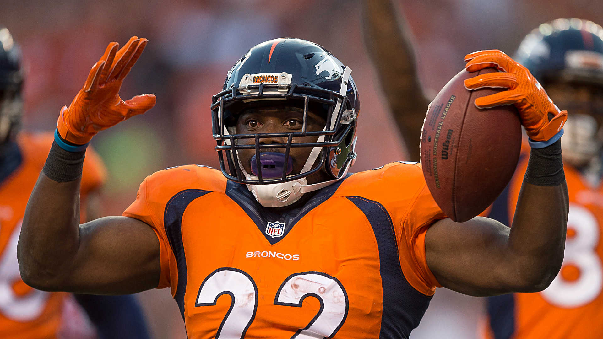 NFL free agent news: Panthers sign RB C.J. Anderson