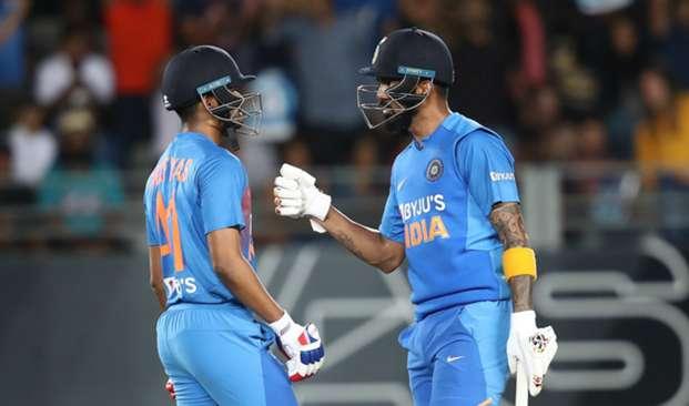 Shreyas Iyer and KL Rahul - cropped