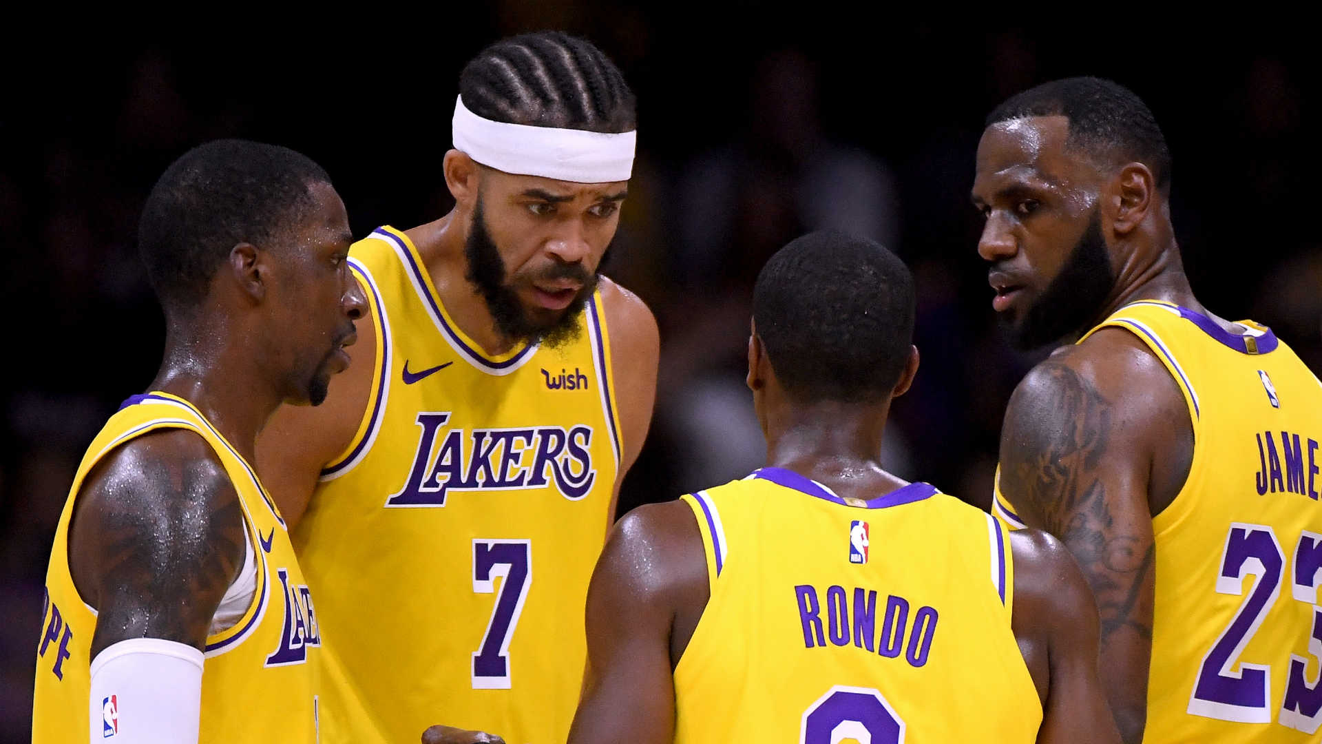 LeBron James' Lakers debut offers tantalizing preview despite loss