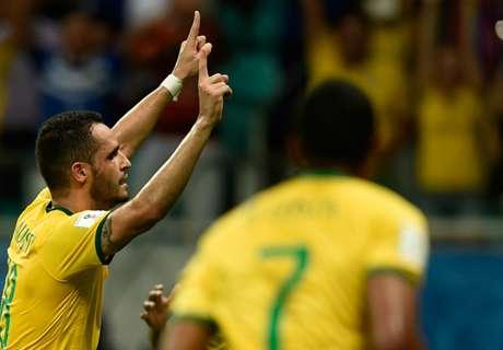 Brazil 3-0 Peru: Solid display