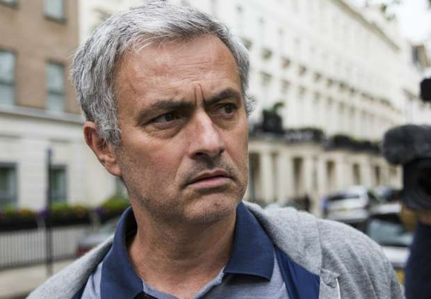 United would be brave to appoint Mourinho, says Schmeichel