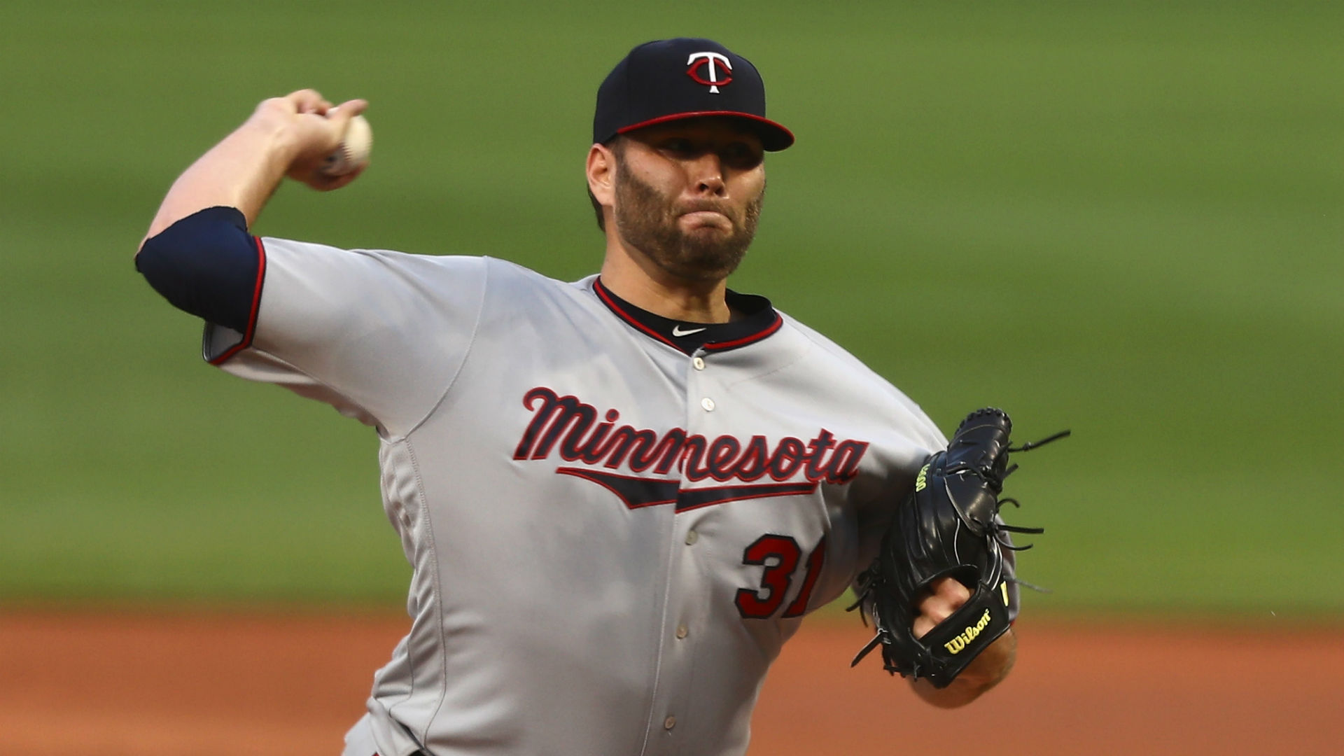Yankees acquire RHP Lance Lynn from Twins for Tyler Austin, Luis Rijo