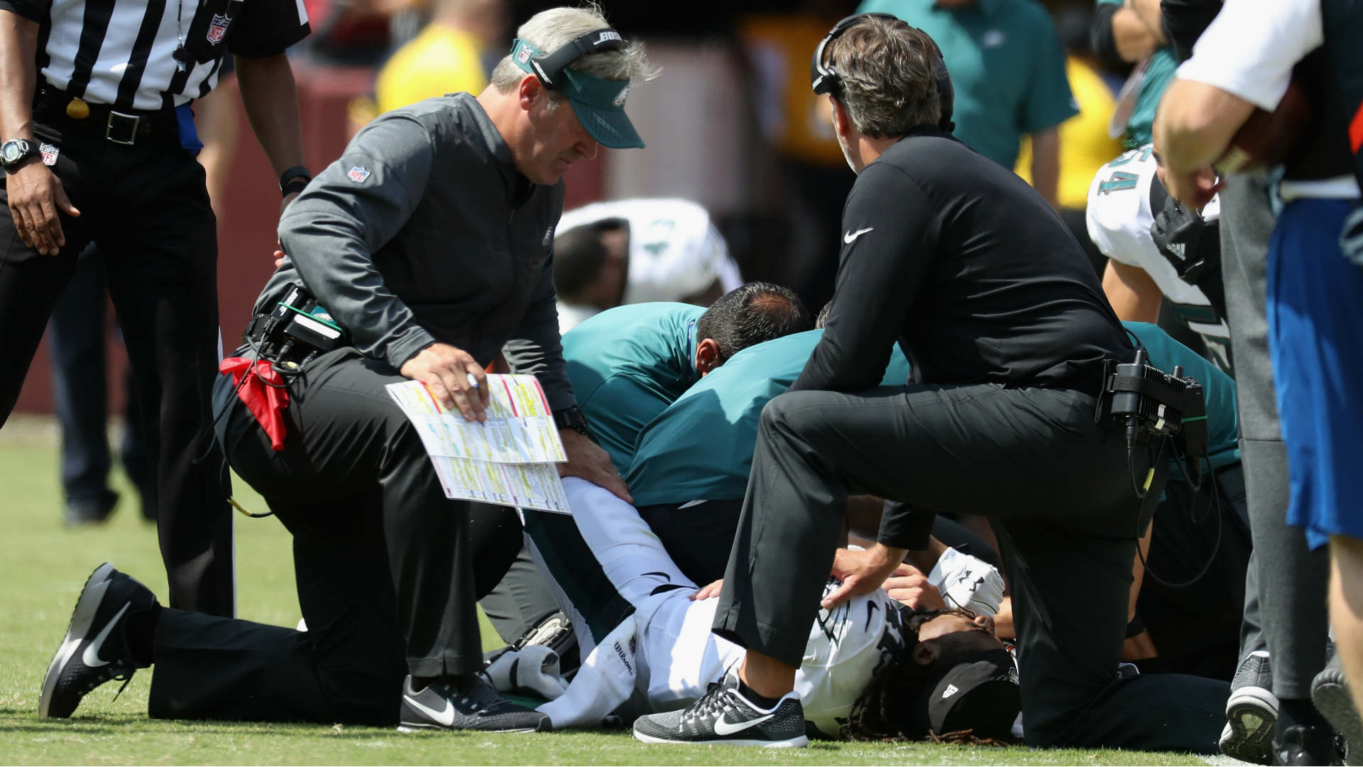 Eagles CB Ronald Darby carted off the field with right ankle injury