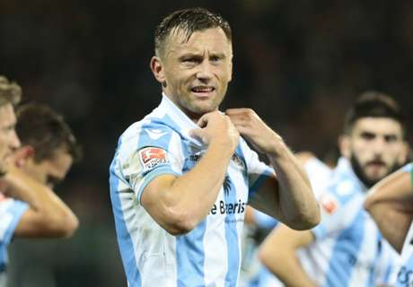 Olic performs retirement U-turn