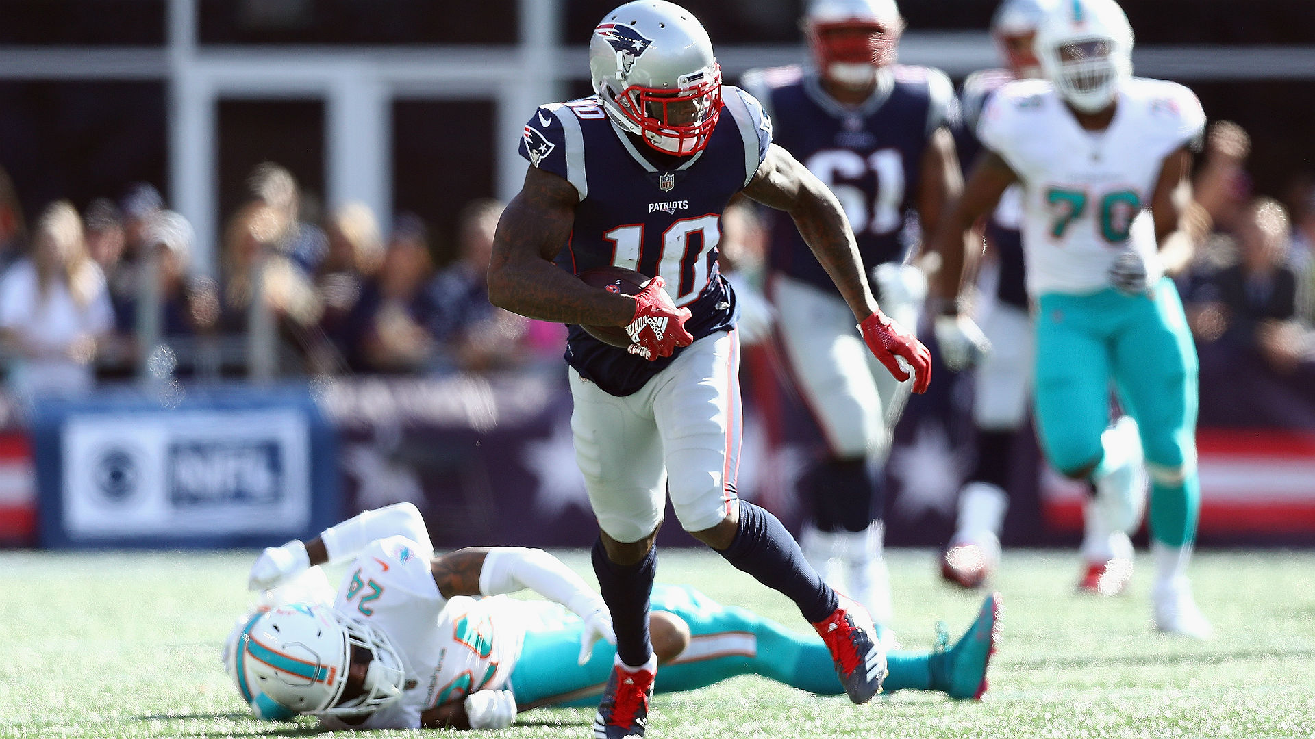 Former Browns coach Hue Jackson not surprised Josh Gordon is thriving with Patriots