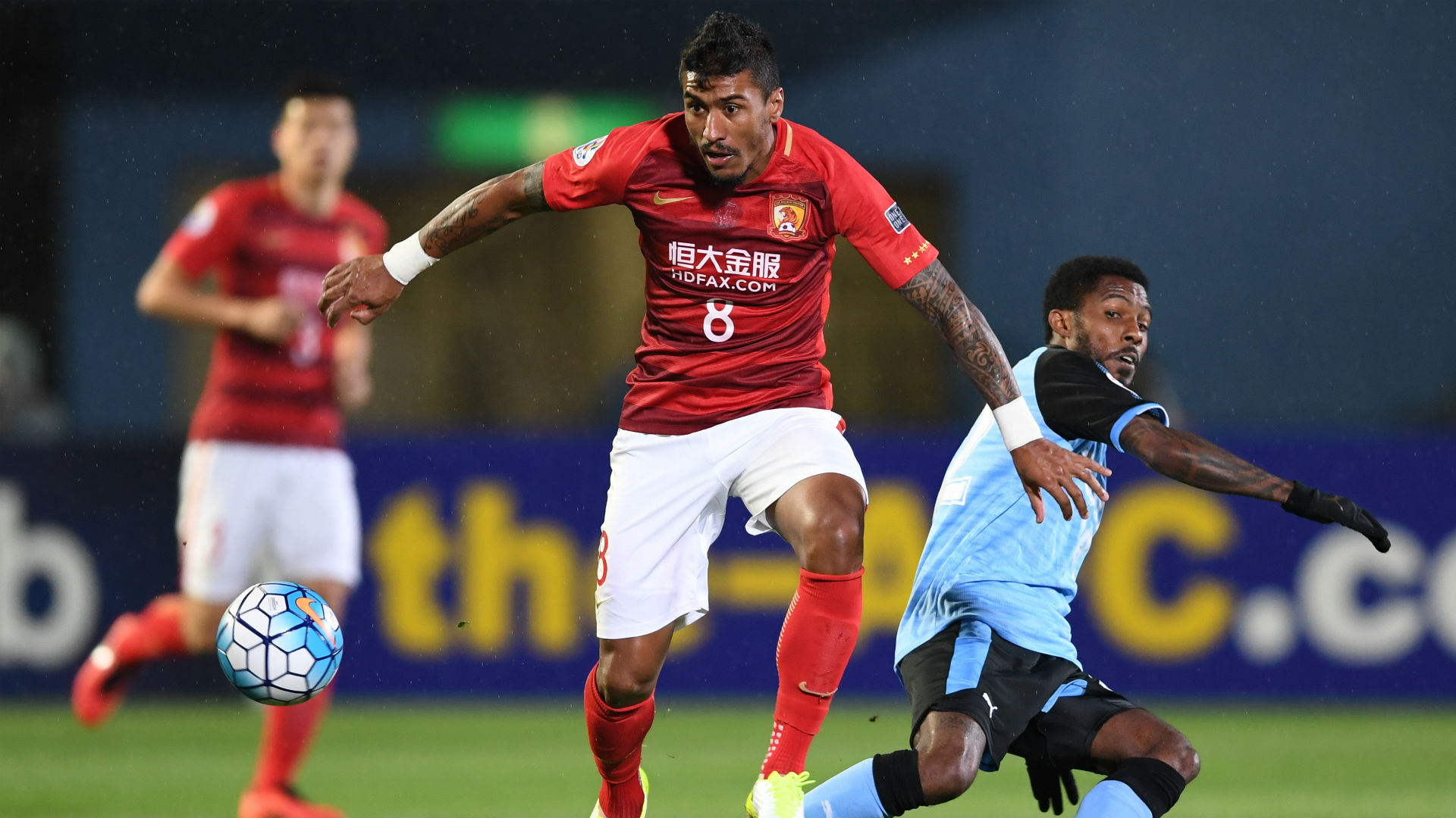 Paulinho admonished by Chinese authorities for betting ad