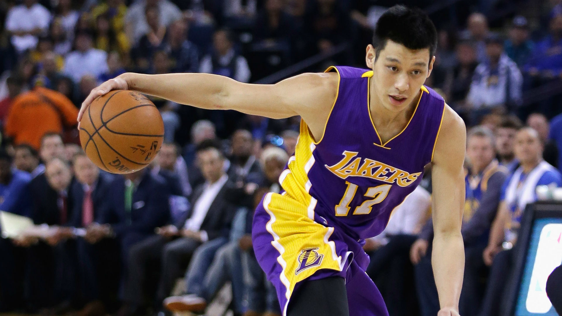 Mavericks eyeing Jeremy Lin in sign-and-trade deal with Lakers, per report