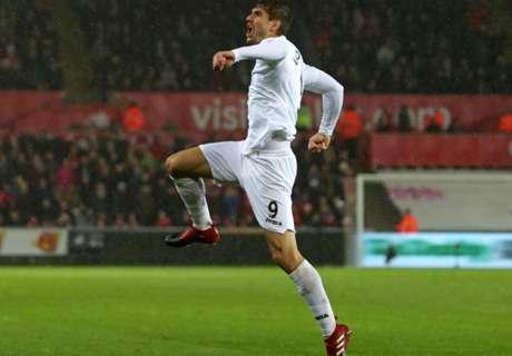 Llorente guides Swans past Sunderland