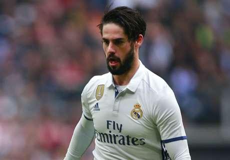 Iniesta & Suarez want Madrid's Isco