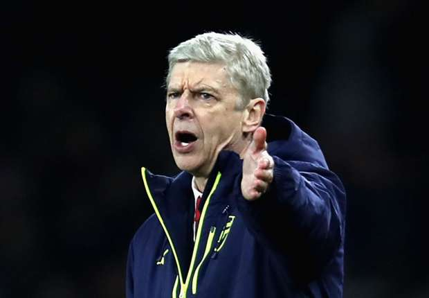 Arsene Wenger is a changed man - Howe