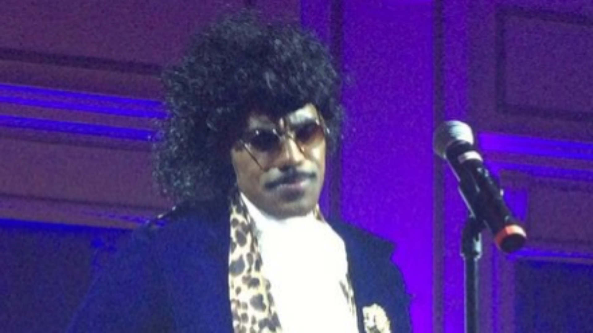 LeBron James dresses as Prince, performs at Cavs' Halloween party ...