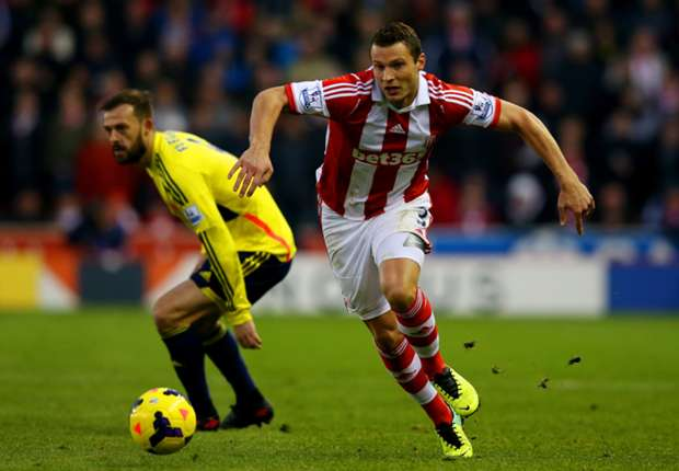 Stoke defender Pieters seeks Liverpool 'revenge'