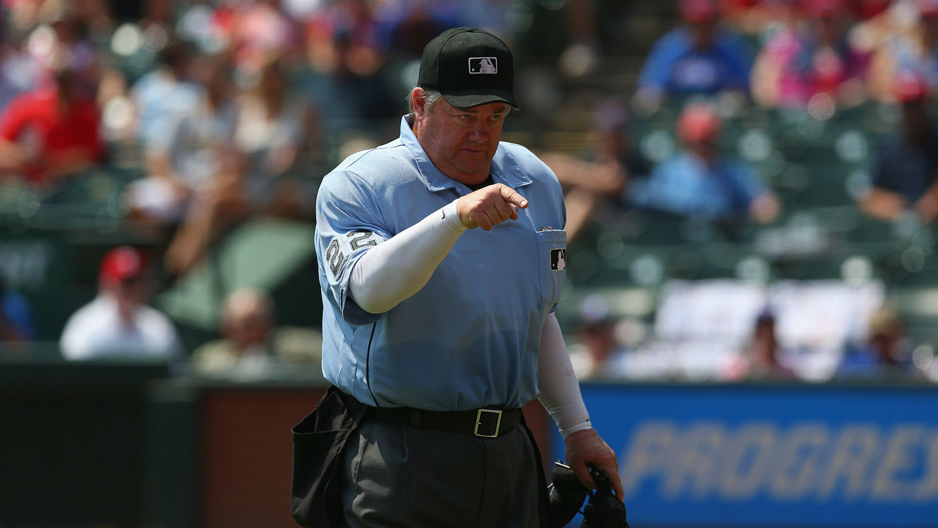 Major League Baseball suspends umpire for comments on Rangers' Beltre
