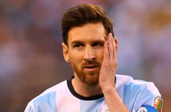 'If you heed 100 idiots you will go crazy' - Bauza on Messi return