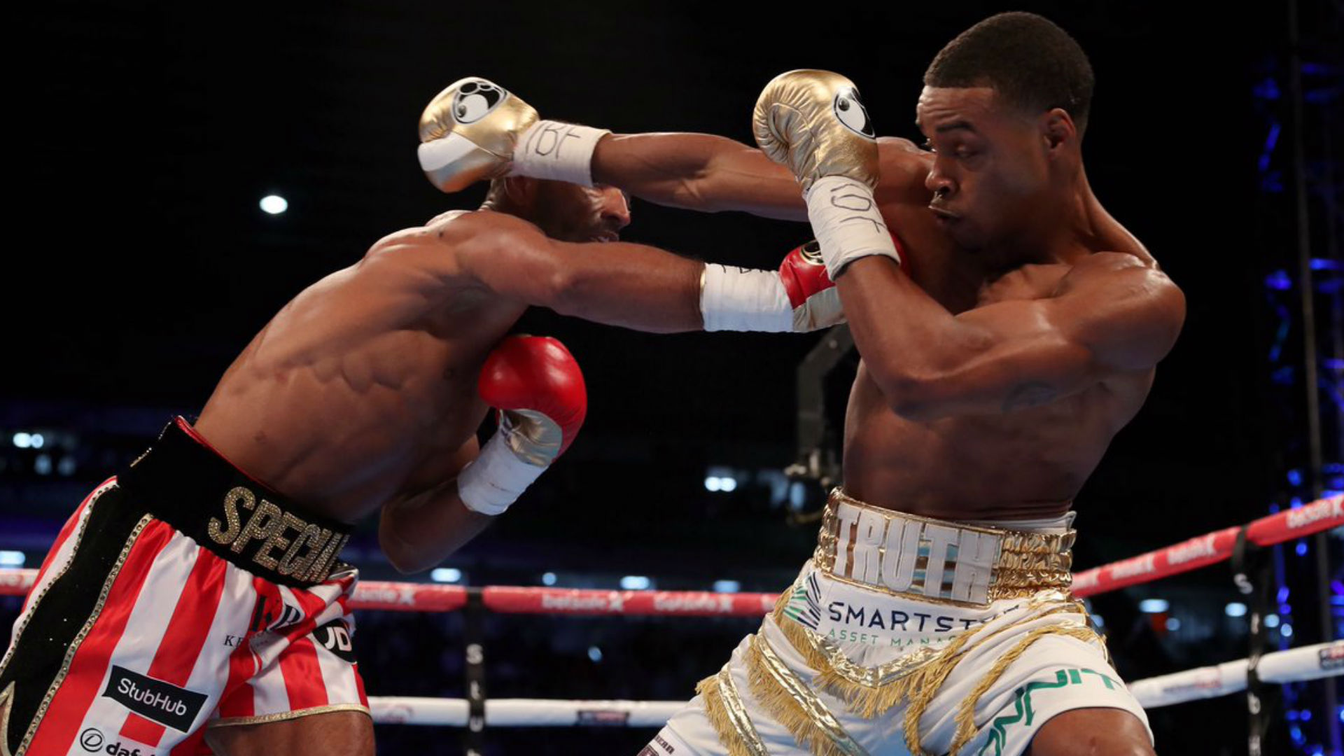 Kell Brook breaks left eye socket against Errol Spence Jr