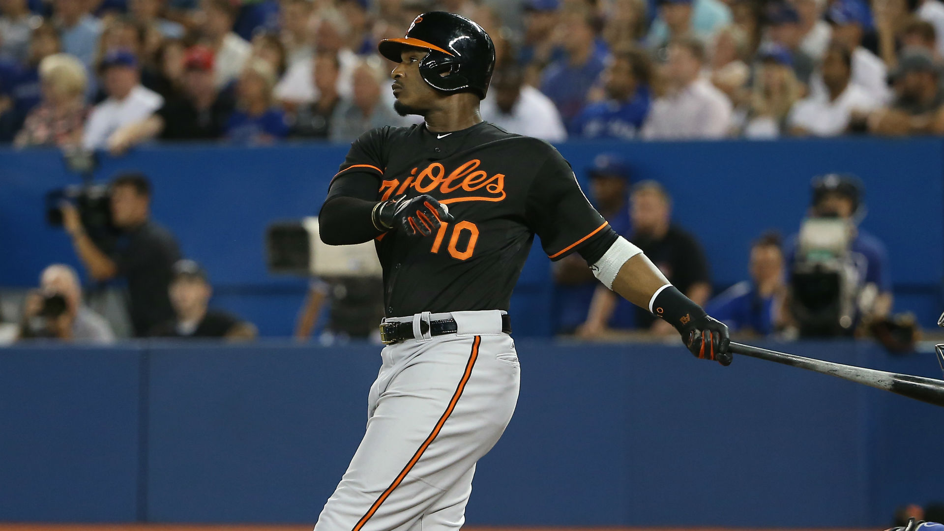 Adam Jones Calls Out Orioles Fans During Playoff Push