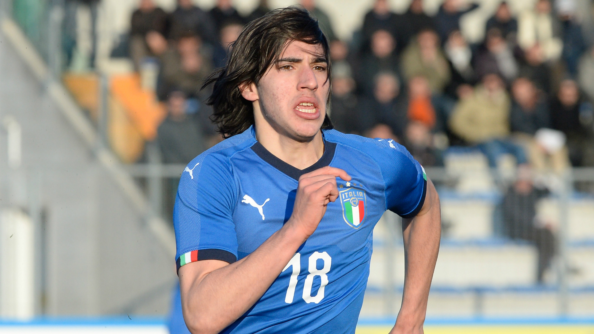 'New Pirlo' Tonali wins first Italy call-up