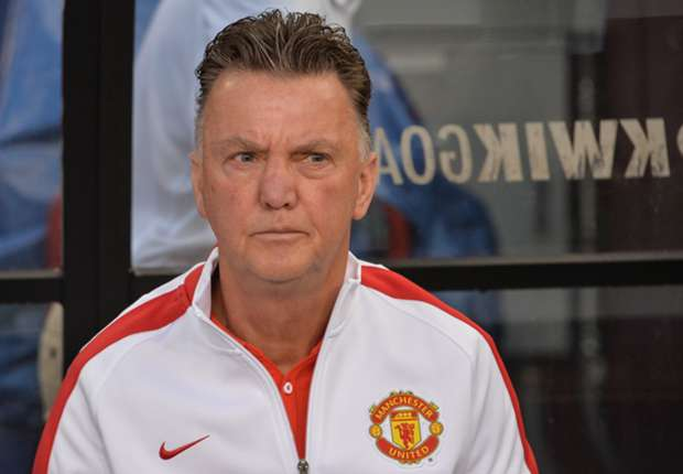 Van Gaal impressed with 'amazing' Manchester United defence