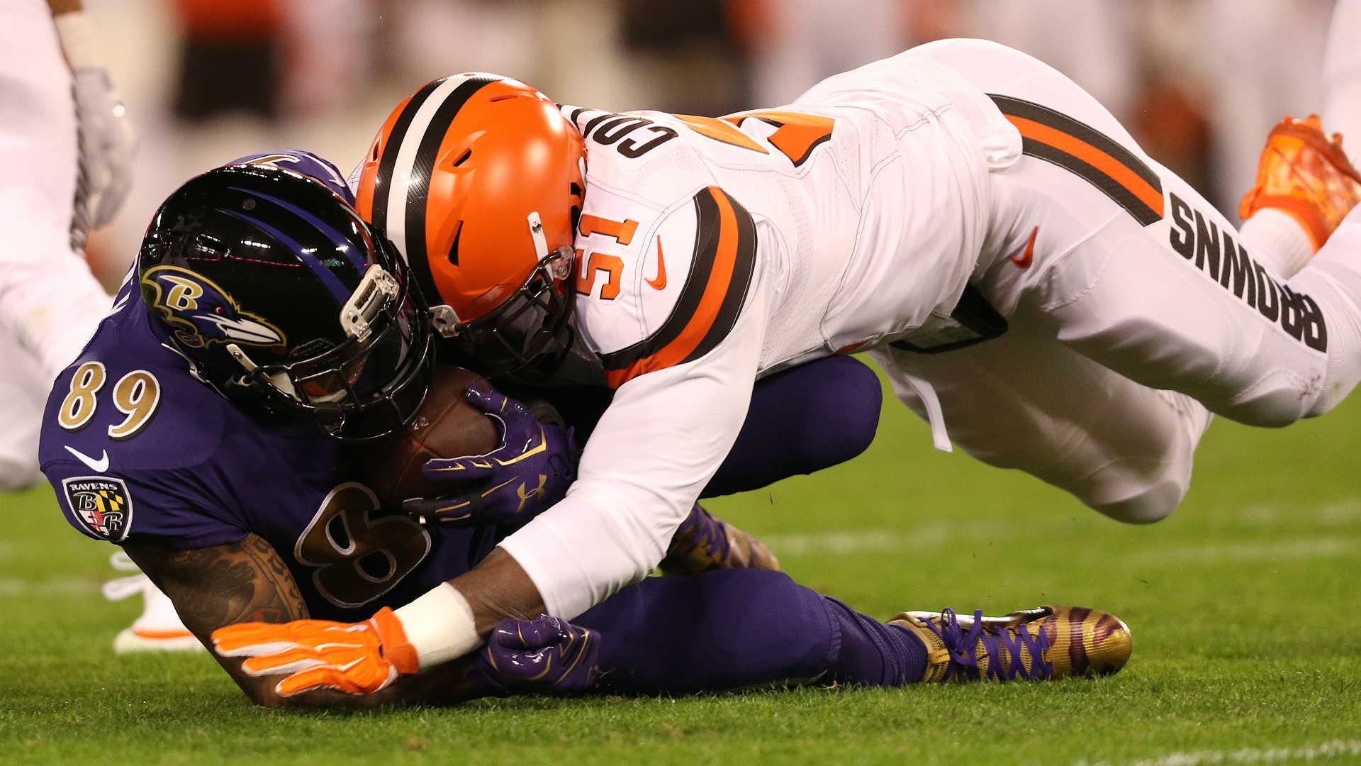 Browns-linebacker-jamie-collins_6ef14xedxtqq12avvn7a5j0wx
