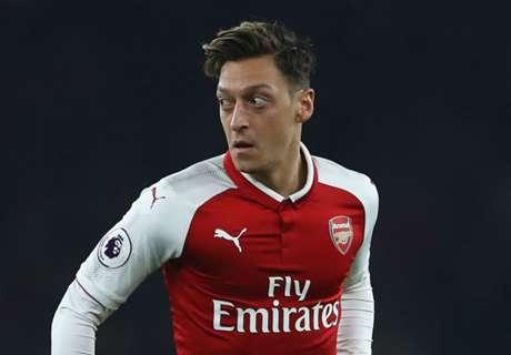 Özil estaria interessado no Barcelona, mas pedida salarial seria entrave