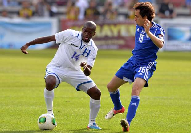 Benayoun seals QPR switch